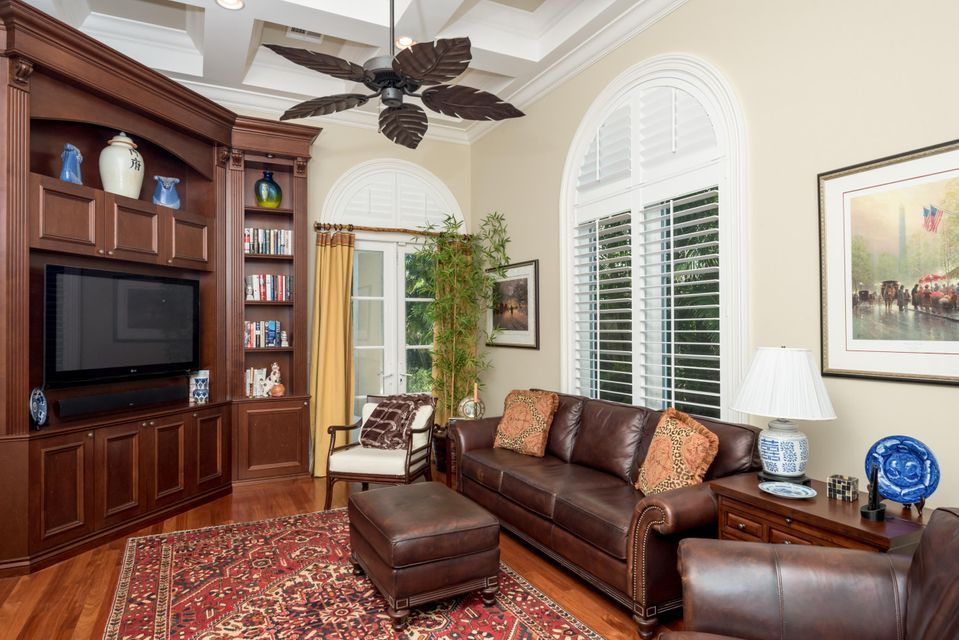 CAMELOT ON THE ATLANTIC HIGHLAND BEACH REAL ESTATE