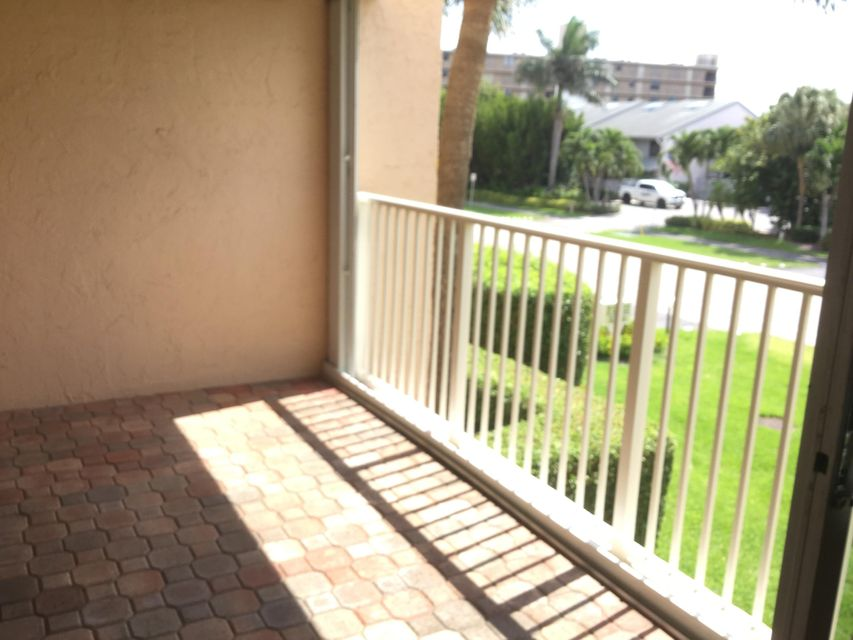 Additional photo for property listing at 3520 S Ocean Boulevard S  South Palm Beach, Florida 33480 United States