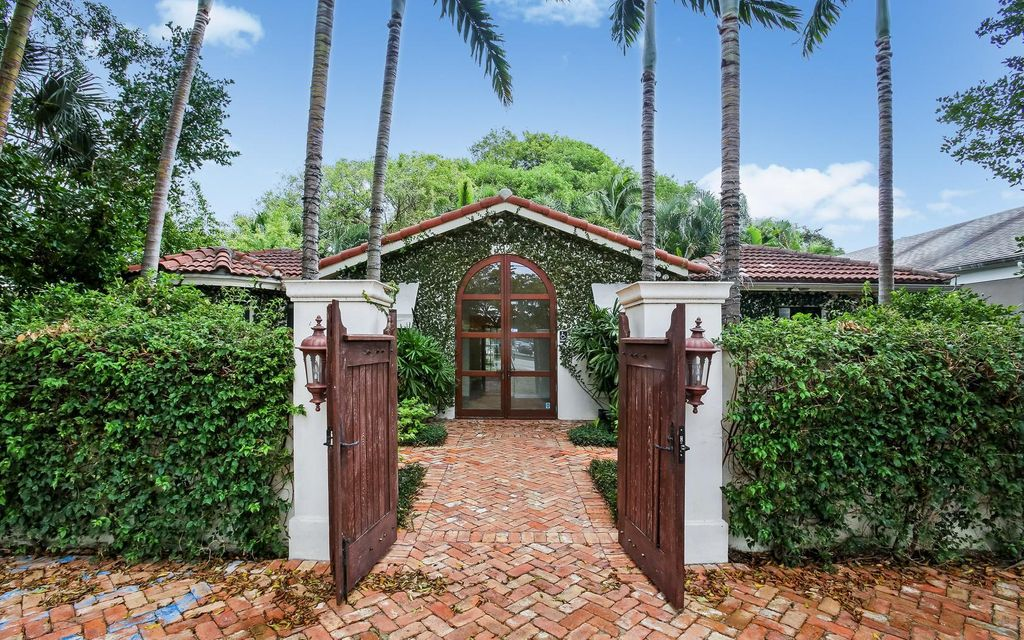 Additional photo for property listing at 3020 S Dixie Highway 3020 S Dixie Highway West Palm Beach, Florida 33405 Estados Unidos