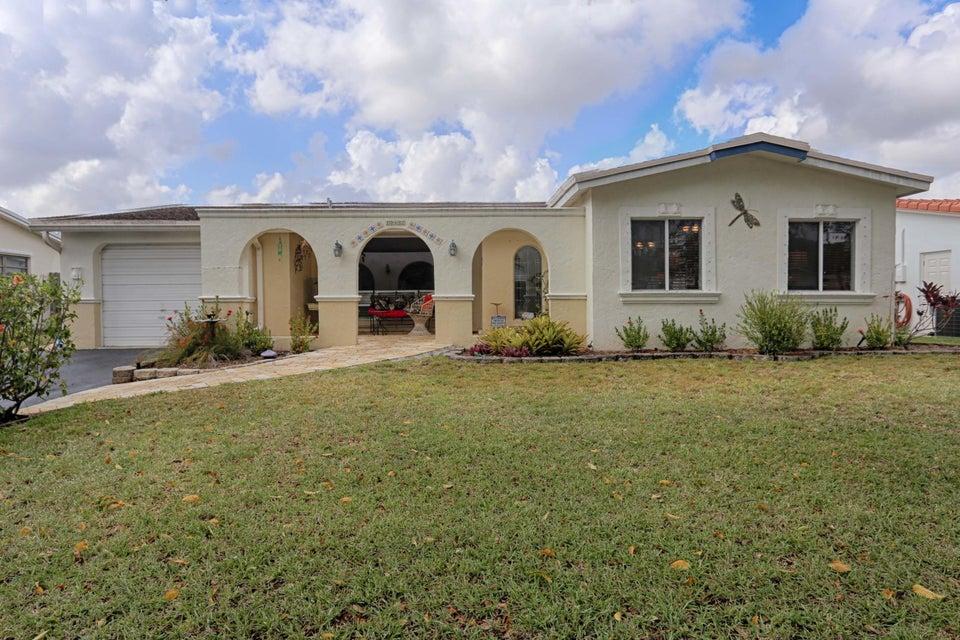 独户住宅 为 销售 在 10487 NW 3rd Street 10487 NW 3rd Street 种植园, 佛罗里达州 33324 美国