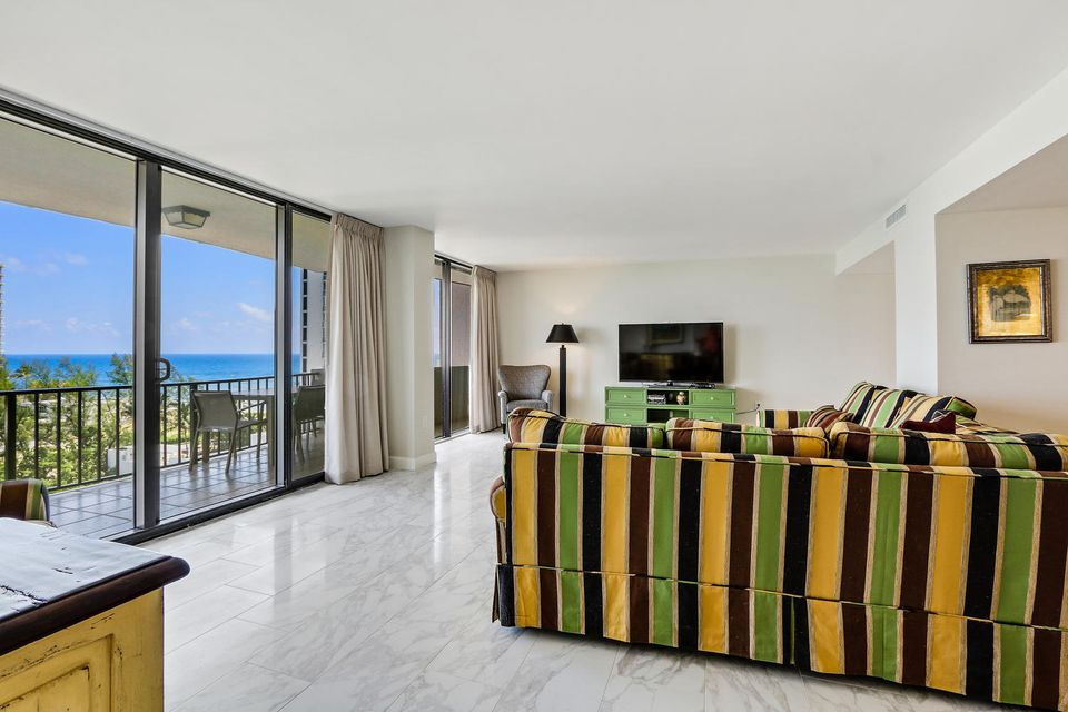 Additional photo for property listing at 4200 N Ocean Drive  Singer Island, Florida 33404 Estados Unidos