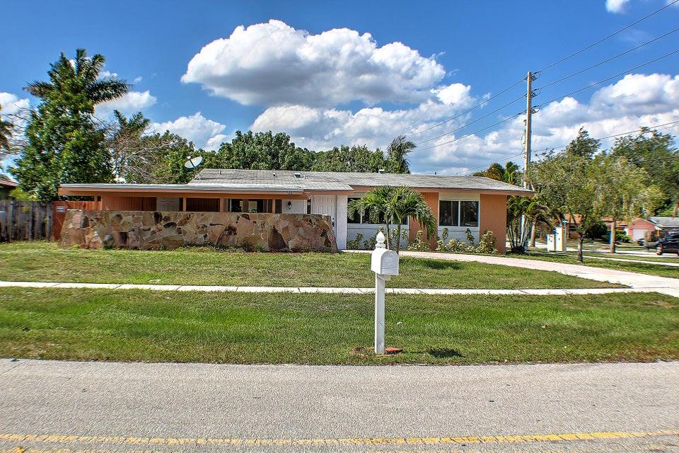 981 Orchid Drive Royal Palm Beach, FL 33411