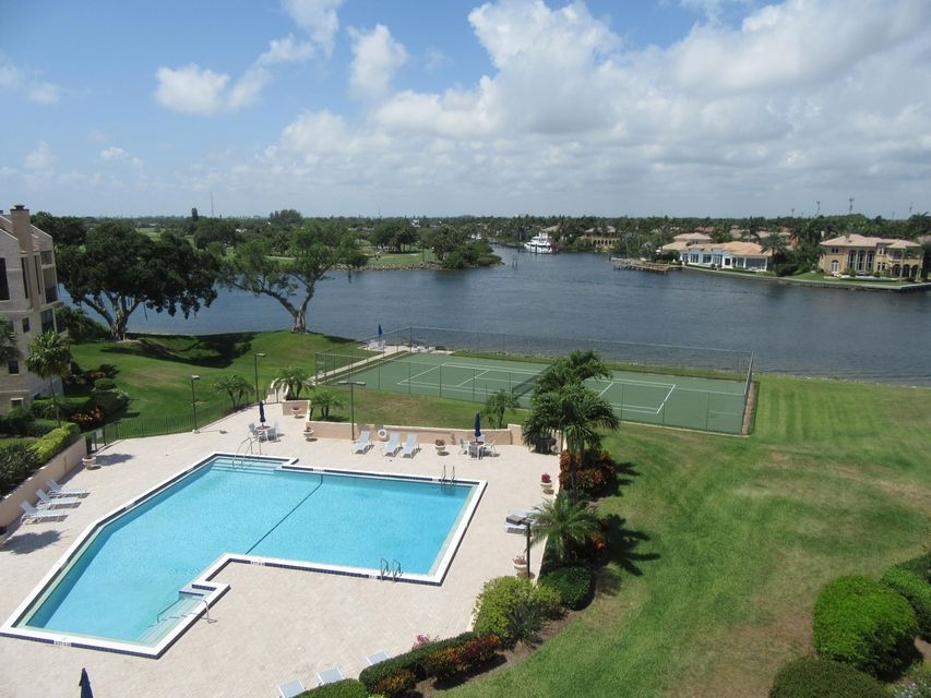 374 Golfview Road 504, North Palm Beach, FL 33408