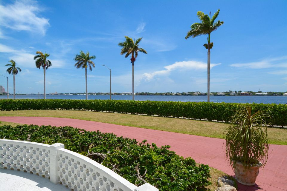 Additional photo for property listing at 2405 S Flagler Drive  West Palm Beach, Florida 33401 United States