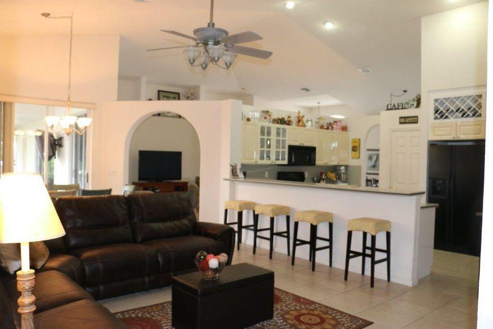 Additional photo for property listing at 4745 Nolina Lane 4745 Nolina Lane Boynton Beach, Florida 33436 Estados Unidos