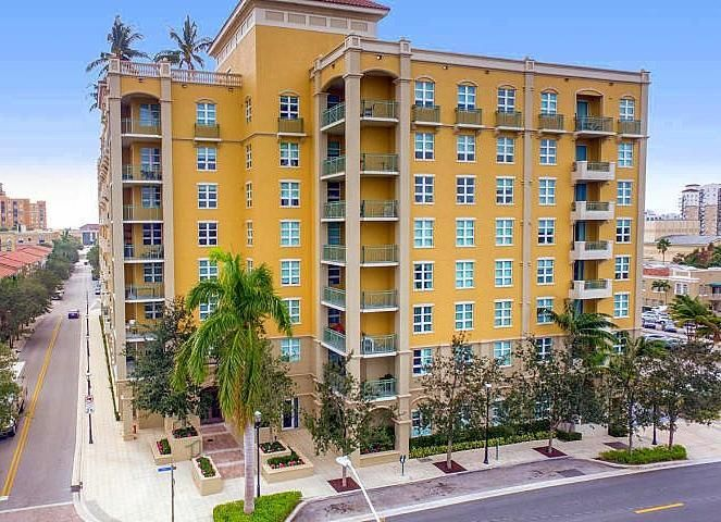 403 S Sapodilla Avenue 517, West Palm Beach, FL 33401