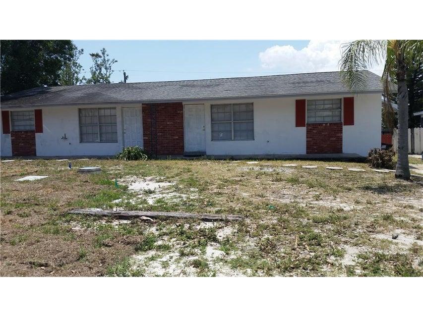 2196 NE Rustic Place, Jensen Beach, FL 34957