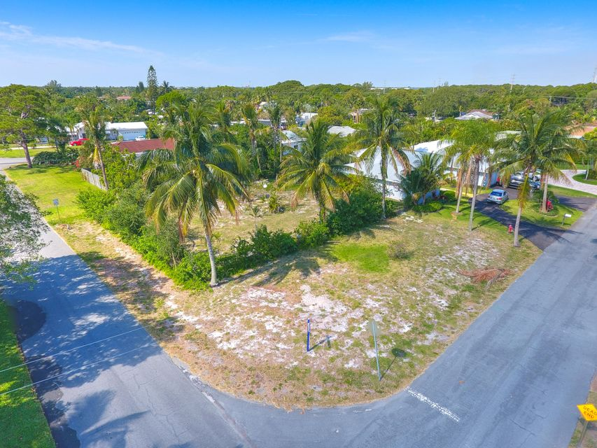SW 28th Avenue, Boynton Beach, FL 33435