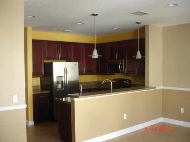 553 NW 39th Circle, Boca Raton, FL 33431
