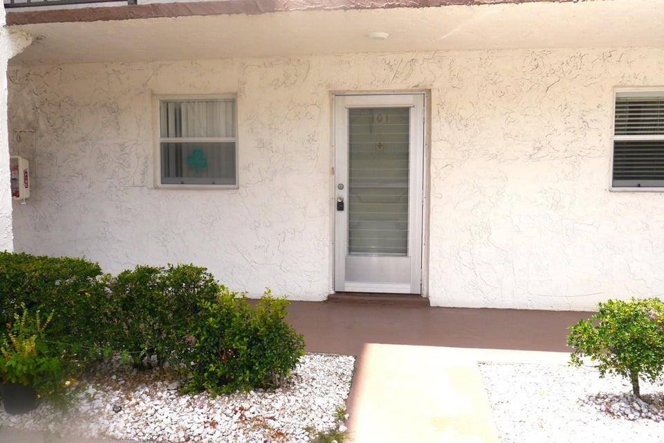 725 Lori Drive 101, Palm Springs, FL 33461