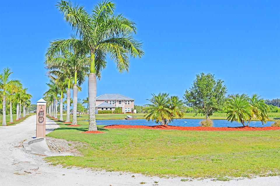 Additional photo for property listing at 3130 Seminole Road 3130 Seminole Road Fort Pierce, Florida 34951 United States
