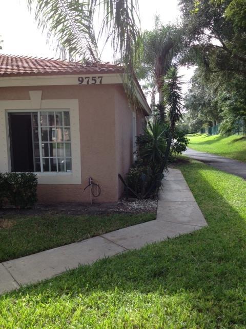 9757 Kamena Circle, Boynton Beach, FL 33436