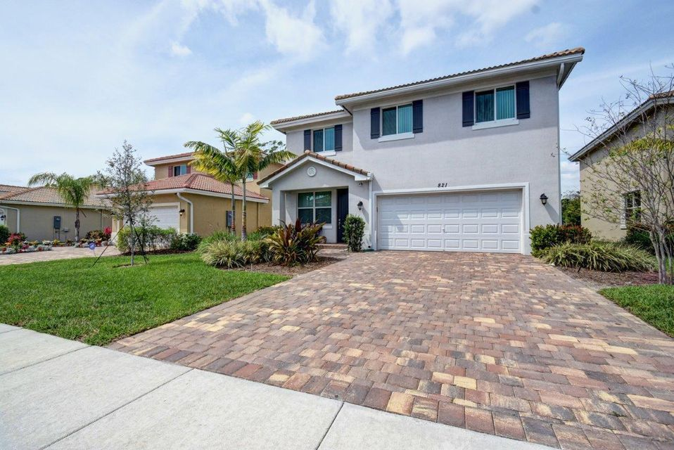 Rentals for Sale at 821 Palm Tree West Palm Beach, Florida 33415 United States