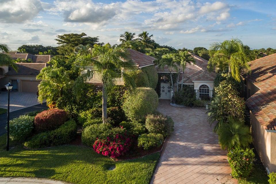 10726 Greenbriar Villa Drive, Wellington, FL 33449