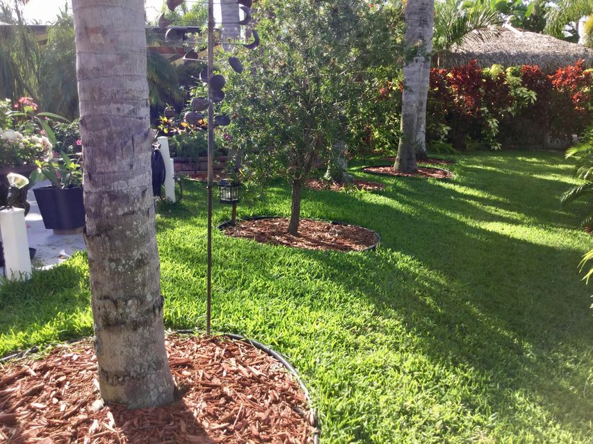 Additional photo for property listing at 60 NW Boundary Drive 60 NW Boundary Drive Port St. Lucie, Florida 34986 États-Unis
