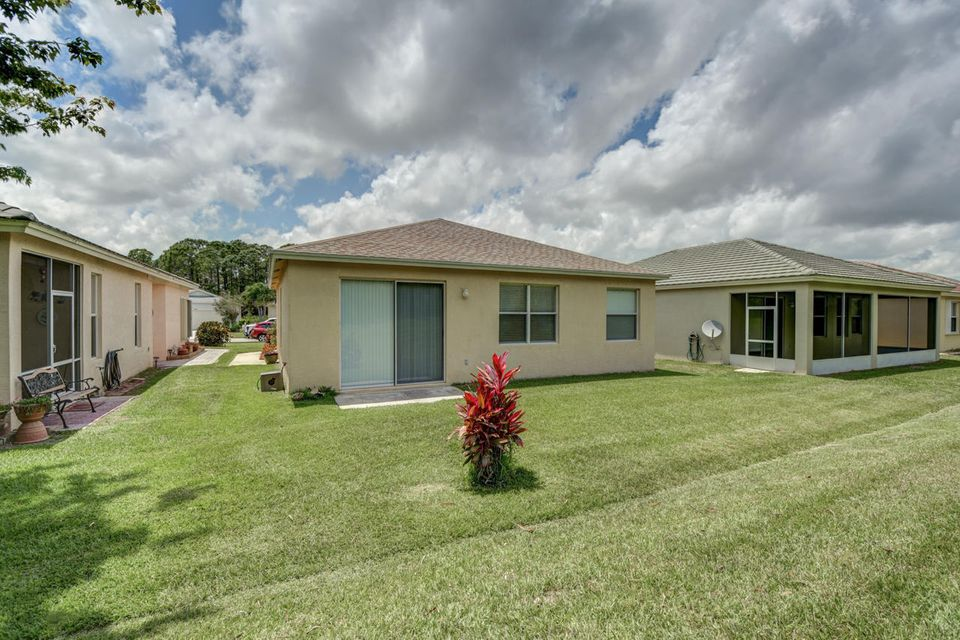 Additional photo for property listing at 596 SW Indian Key Drive  Port St. Lucie, Florida 34986 United States