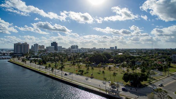 Additional photo for property listing at 1101 N Flagler Drive 1101 N Flagler Drive West Palm Beach, Florida 33401 Vereinigte Staaten