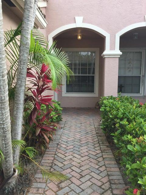 8189 Fresh, West Palm Beach, FL 33411