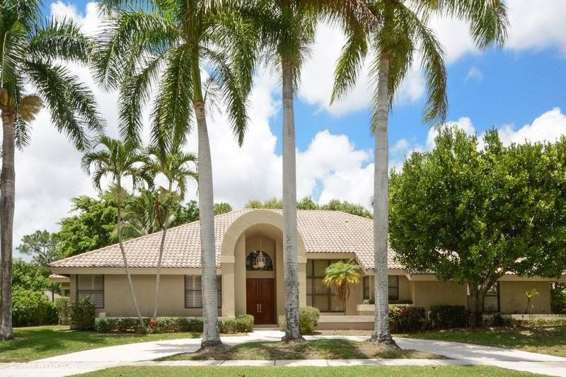 Single Family Home for Sale at 4905 Oxford Circle 4905 Oxford Circle Boca Raton, Florida 33434 United States