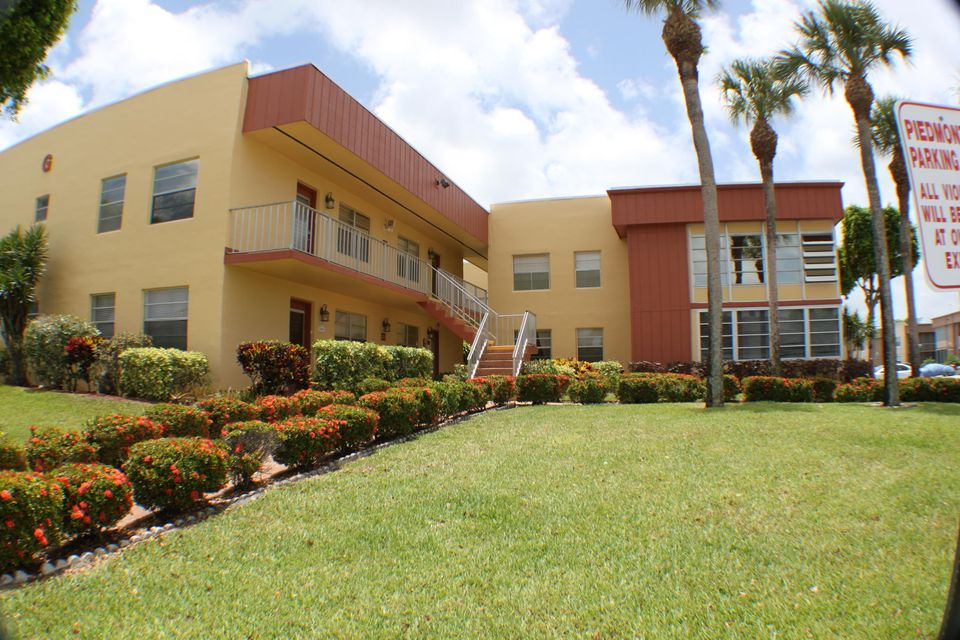 Co-op / Condo for Sale at 317 Piedmont 317 Piedmont Delray Beach, Florida 33484 United States