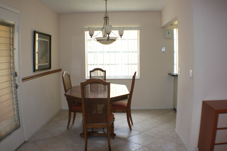 Additional photo for property listing at 317 Piedmont 317 Piedmont Delray Beach, Florida 33484 United States