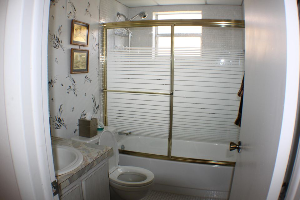 Additional photo for property listing at 317 Piedmont  Delray Beach, Florida 33484 United States