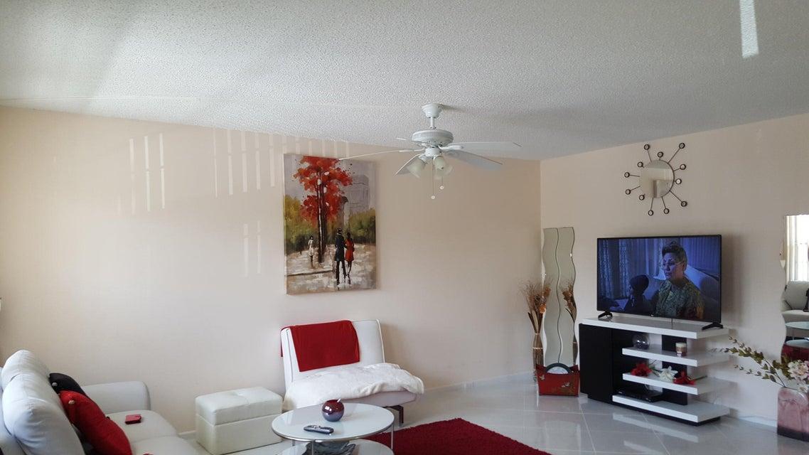 2031 Exeter B, Boca Raton, FL 33434