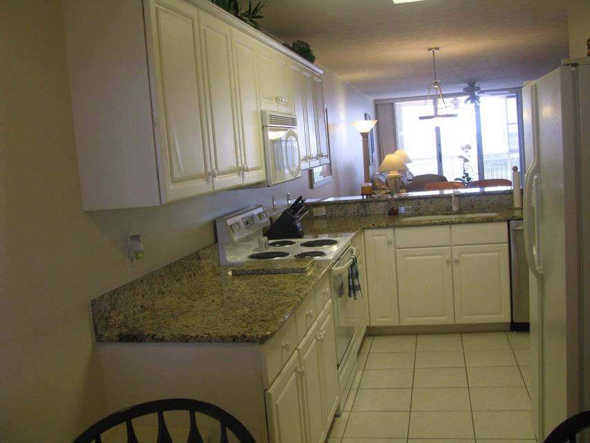 Additional photo for property listing at 5167 N Highway A1a  Hutchinson Island, Florida 34949 United States