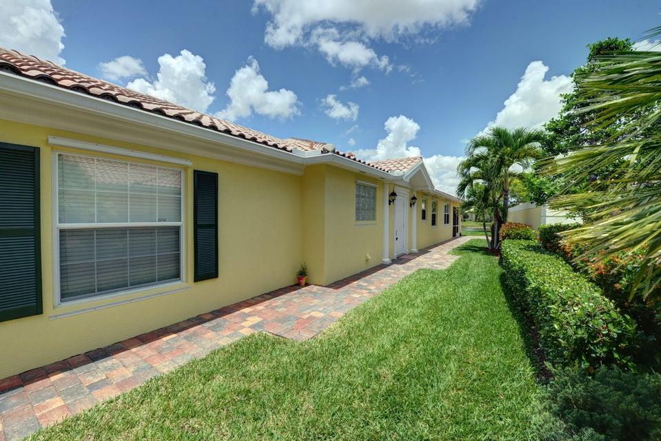 11440 SW Pembroke Drive, Port Saint Lucie, FL 34987