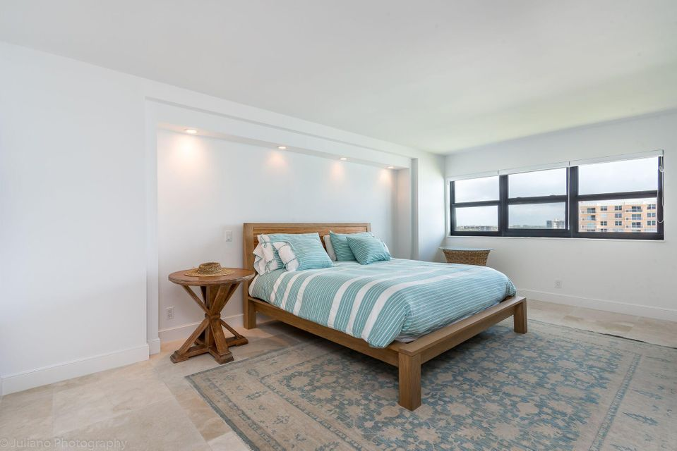 Additional photo for property listing at 4605 S Ocean Boulevard 4605 S Ocean Boulevard Highland Beach, Florida 33487 United States