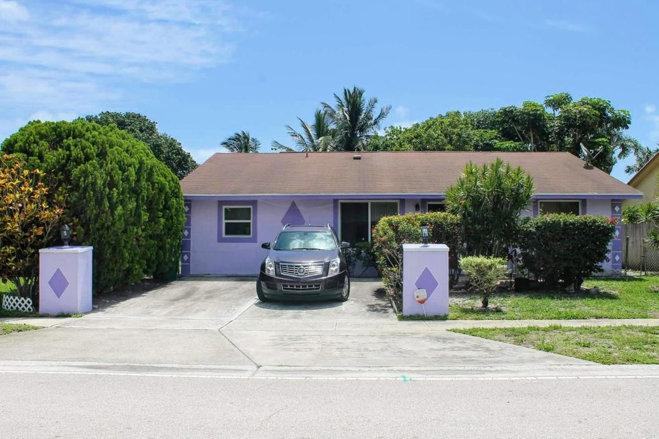 2324  Avenue Z  is listed as MLS Listing RX-10336408 with 20 pictures
