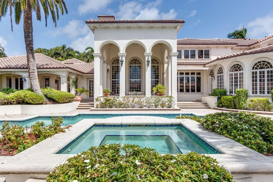 Additional photo for property listing at 378 E Alexander Palm Road 378 E Alexander Palm Road Boca Raton, Florida 33432 United States