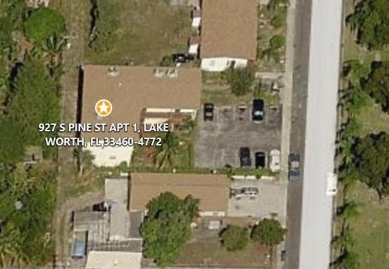 Additional photo for property listing at 927 S Pine Street  Lake Worth, Florida 33460 États-Unis