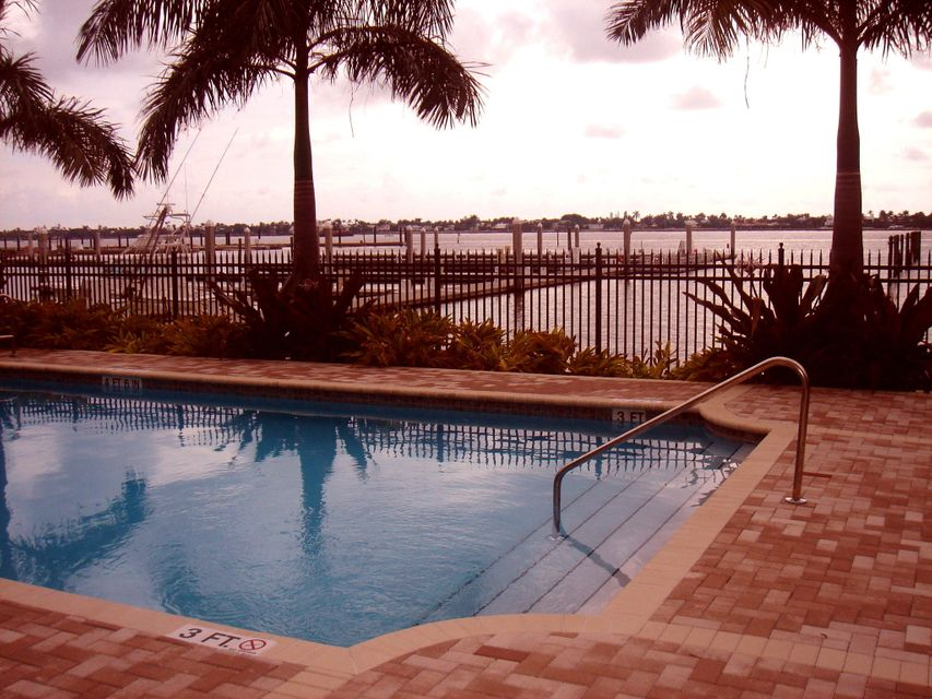 Additional photo for property listing at 3920 N Flagler Drive  West Palm Beach, Florida 33407 Vereinigte Staaten
