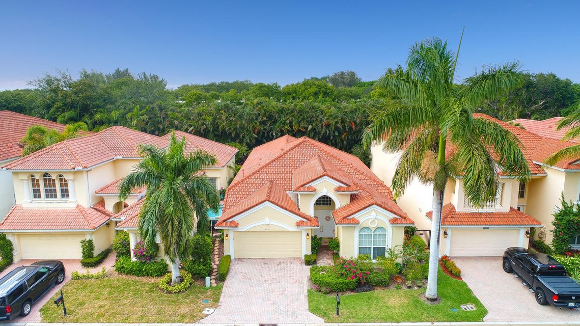 707 Voyager Lane, North Palm Beach, FL 33410