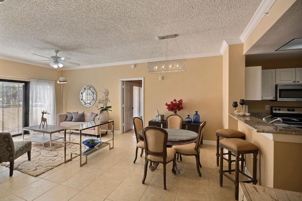 Additional photo for property listing at 2915 Tuscany Court 2915 Tuscany Court Palm Beach Gardens, Florida 33410 Estados Unidos