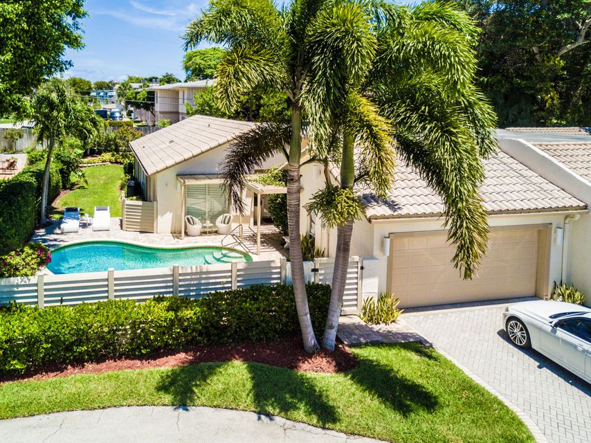 892 Camino Gardens Lane, Boca Raton, FL 33432