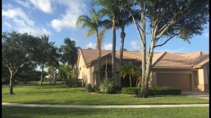 8760 Shoal Creek Lane, Boynton Beach, FL 33472