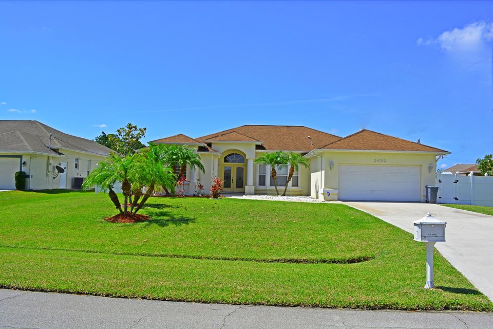 Additional photo for property listing at 2482 SW Import Drive  Port St. Lucie, Florida 34987 Estados Unidos