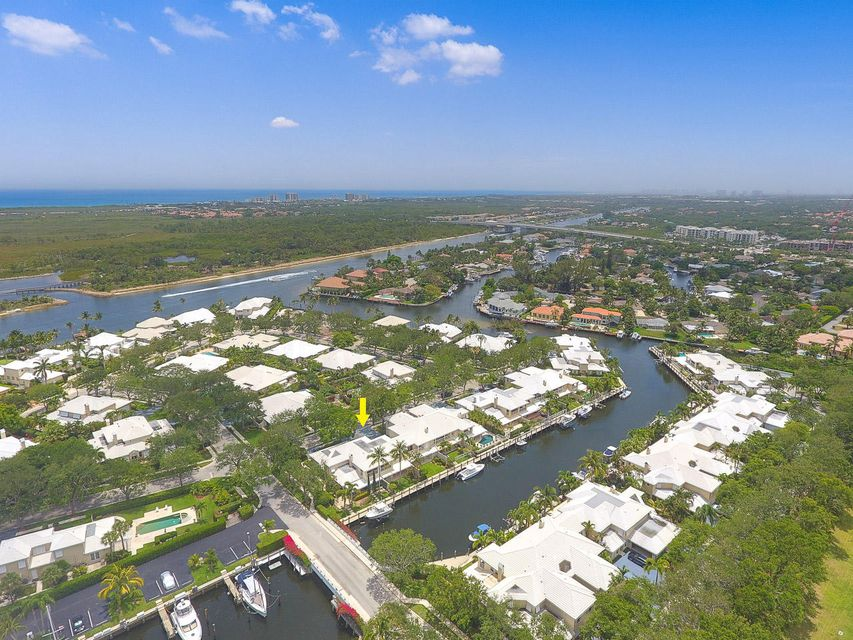 Townhouse for Sale at 14370 Cypress Island Circle 14370 Cypress Island Circle Palm Beach Gardens, Florida 33410 United States