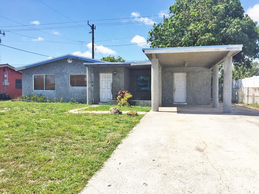 2500 NW 16th Street is listed as MLS Listing RX-10336858 with 22 pictures