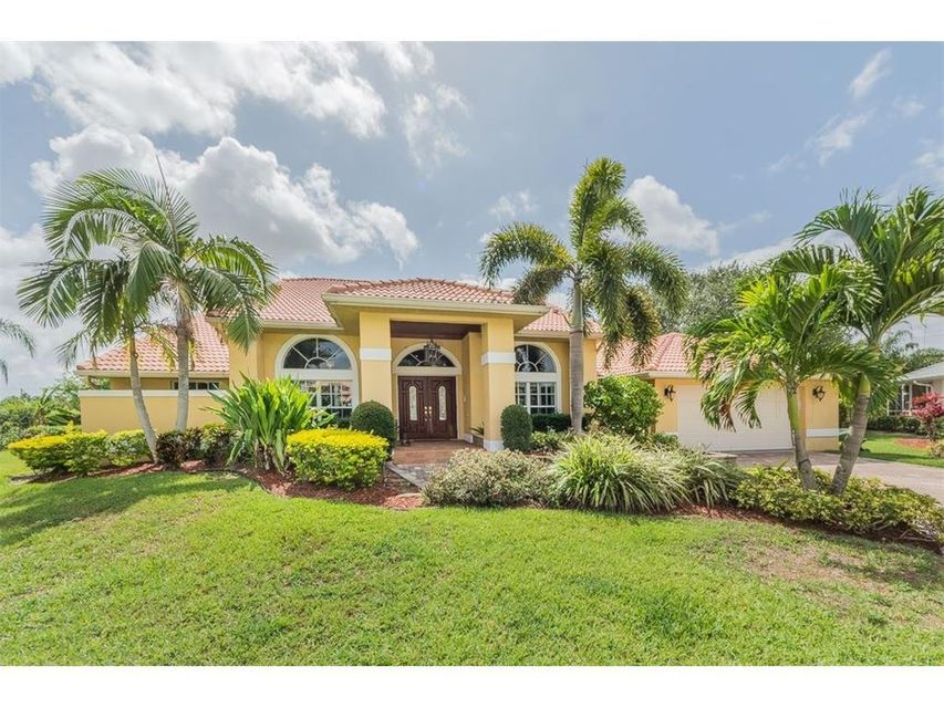 1271 SW Moonlite Cove, Port Saint Lucie, FL 34986