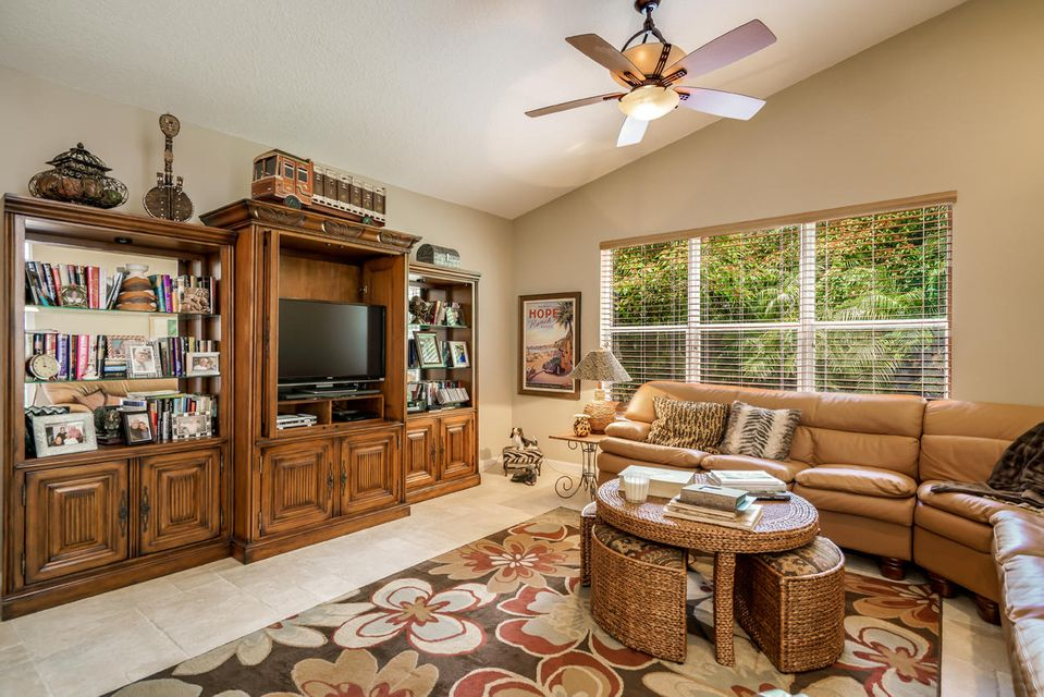 Additional photo for property listing at 13316 Alhambra Lake Circle 13316 Alhambra Lake Circle 德尔雷比奇海滩, 佛罗里达州 33446 美国