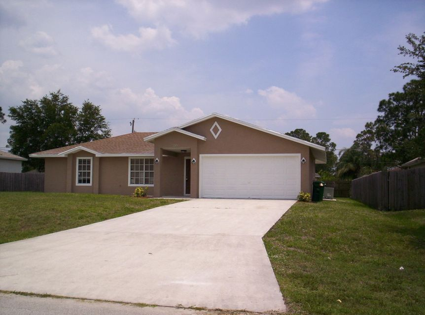 956 SW Fenway Road is listed as MLS Listing RX-10336923 with 15 pictures