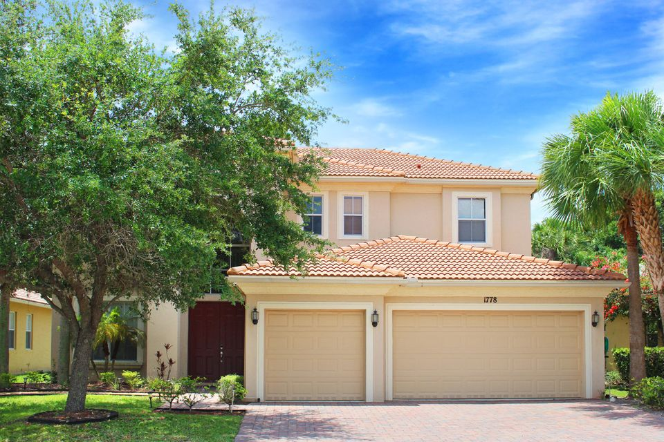 1778 Palisades Drive, West Palm Beach, FL 33411