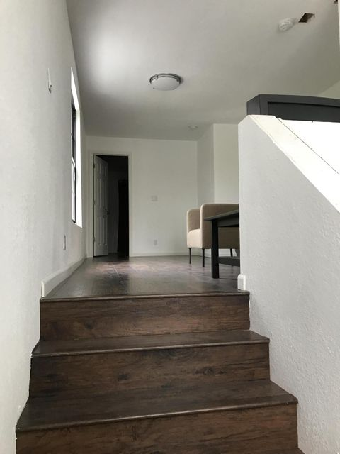 Additional photo for property listing at 615 33rd Street  West Palm Beach, Florida 33407 États-Unis