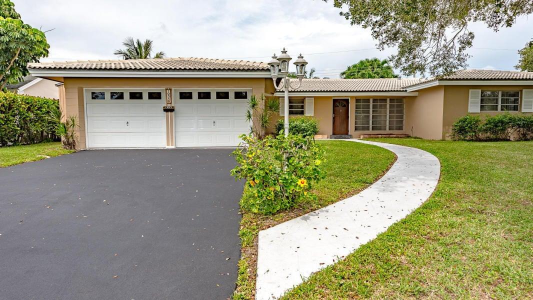 1031 NW 3rd Street, Boca Raton, FL 33486