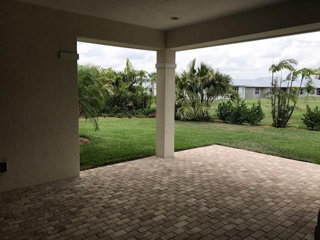 Additional photo for property listing at 3903 Duneside Drive  Fort Pierce, Florida 34949 United States