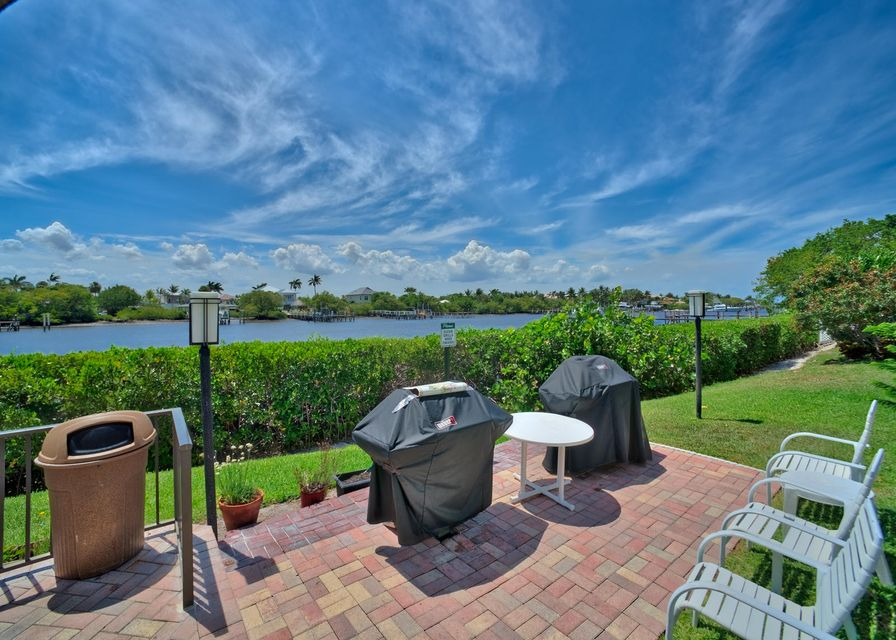 Additional photo for property listing at 3545 S Ocean Boulevard  South Palm Beach, Florida 33480 Estados Unidos