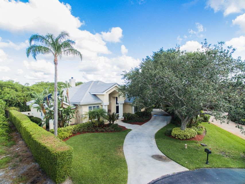 10419 SE Ridgeview Circle, Tequesta, FL 33469